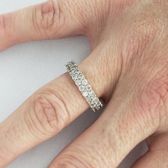 Silver Rhinestone Ring Size 8